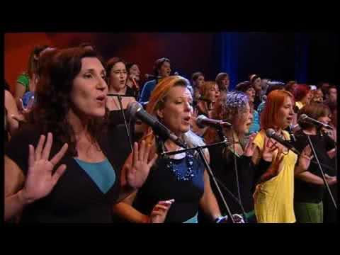 Africa (amazing choir version) (Perpetuum Jazzile ...